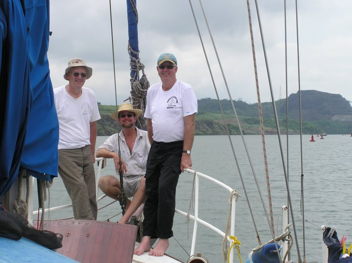 Our team - (l to r) - Dad, Noel and Col.  Michael - the additional crew joined us too).