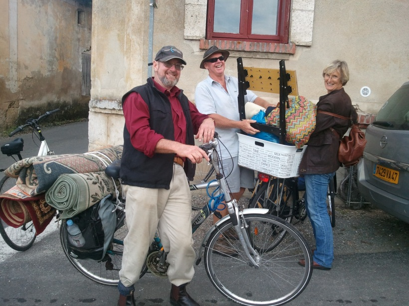 3 rugs on the back of Noel's bike, our work-mate bench in Kim's basket (as well as their stuff) - I had a full back-pack and panniers (as did Noel!)